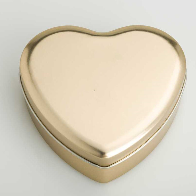 Heart Shape Tin DR0491A-01   121x112x43